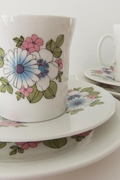 Retro China Tea Cups, Saucers and Plates - Hostess tableware, Angelique pattern