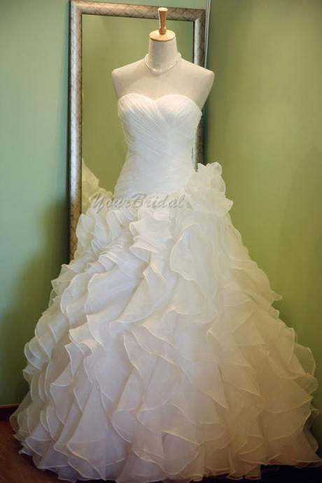 Custom Size Made Sweetheart Ruffled Fluffy Ball Gown Wedding Dress Bridal Dress Wedding Gown