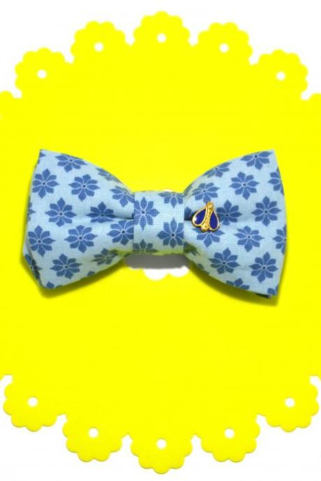 GRAPPI {Blue Bee} handmade cotton hair bow-clip
