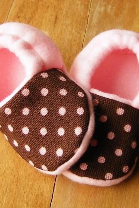 Brown with Pink Dots Fleece Baby Booties