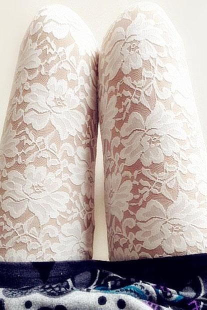 Elegant White With Flower Lace Carved Leggings