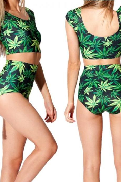 Women's Green Maple Leaf Print Short Sleeve T-shirts + High Waist Triangle Pant Short