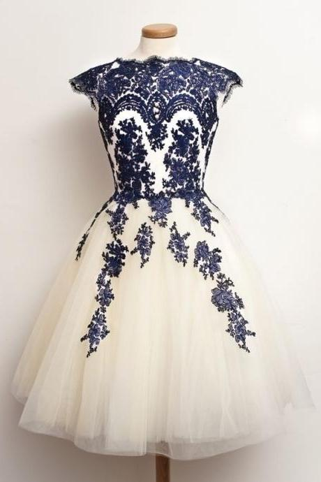 2015 Tulle Short Prom Dress With Navy Blue Lace Appliques