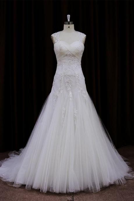 Sleeveless Sweetheart Lace Appliques Tulle Mermaid Wedding Dress Featuring Open Back