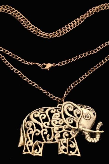 Fine Jewelry Elephant Bronze Hollow Out Pattern Carved Chain Pendant Necklace
