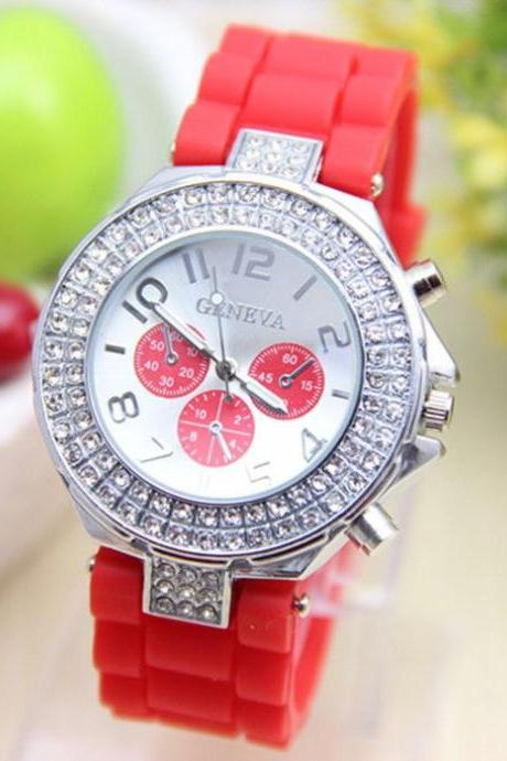 Rubber red Band Rhinestones Design Unisex Teen Watch