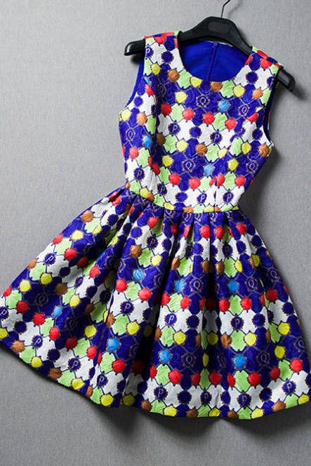2015 Europe high-end women's clothing Color jacquard sleeveless cultivate one's morality dress