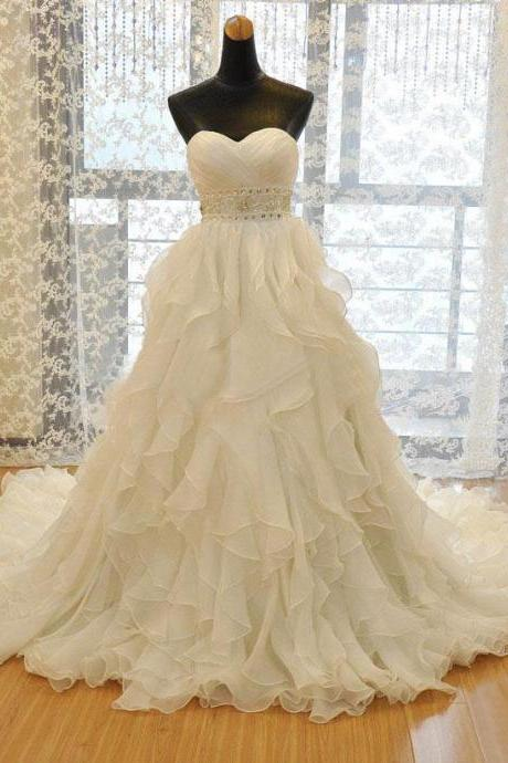 2014 Organza Sweetheart Chapel Train Ball Gown Wedding Dress With Ruffled And Tiered Skirt