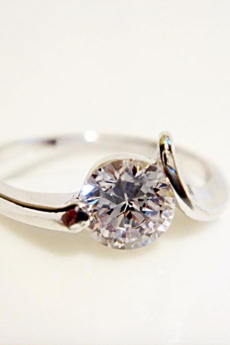 Slanted Round CZ Silver Ring R08