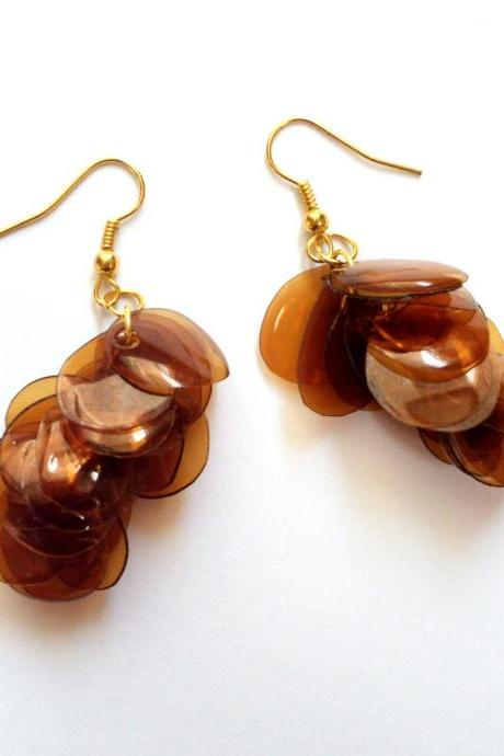 Upcycled jewelry brown earrings handmade of recycled plastic bottle, amber dangle earrings on golden hooks, eco friendly recycled jewelry
