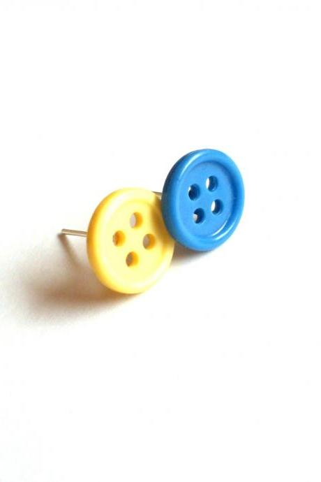 Buttons post earrings yellow blue handmade of repurposed vintage buttons - ecofriendly, upcycled jewelry, recycled, modern, minimalist