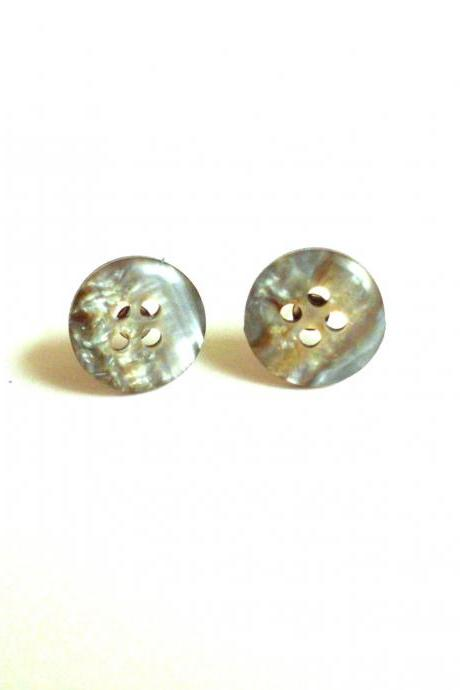 Eco-friendly recycled buttons post earrings, upcycled jewelry, studs earrings made of repurposed iridescent buttons