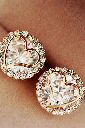 Zircon Peach Heart Stud Earrings AEBGHA