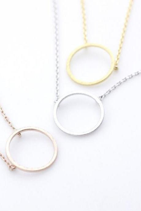 Luck karma Circle necklace in 3 colors