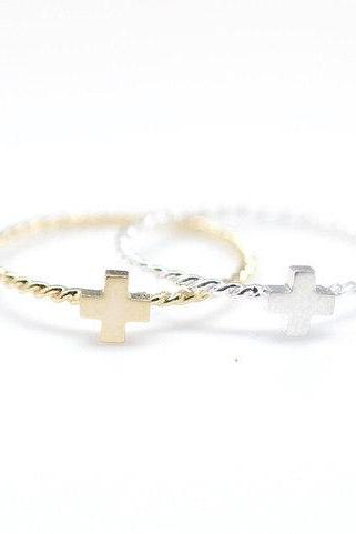 925 Sterling Silver Tiny Cross Ring with twisted band 2 colors