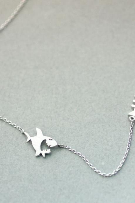 Shark and Fish bone necklace in 2 colors, N0220K