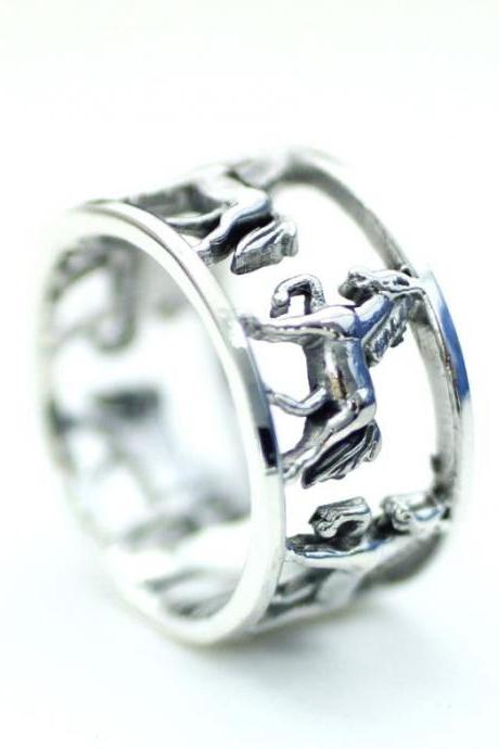 925 Sterling Silver Unique Horse Ring, R0169S