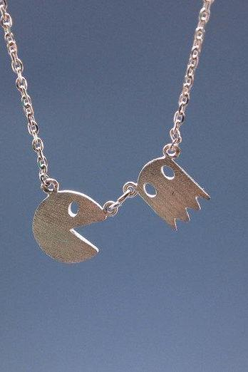 Vintage Game character necklace in matte silver / gold