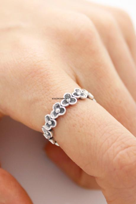 925 sterling silver Three Petal band Ring, R0413S