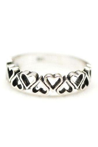 925 Sterling Silver Delicate Cut out Heart Line ring