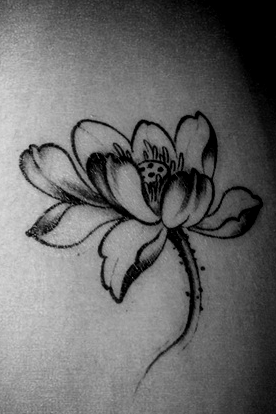 4Pcs Black and White Lotus Tattoo Stickers