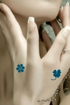 4Pcs Clovers Print Tattoo Stickers