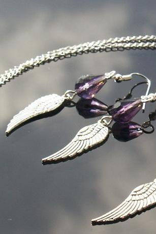 FREE SHIPPING CRYSTAL AND SILVER PLATED WING EARRINGS AND NECKLACE SET