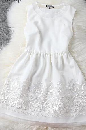Sexy Embroidered Organza Embroidered White Dress