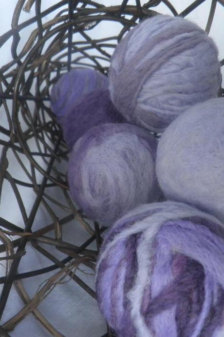 Felted Wool Balls, Lavender filled inside. Set of 6, wool lavender balls. Dryer balls, bowl fillers, table decor, natural air freshener.