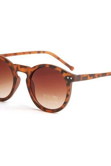Brown Round Sunglasses Featuring Leopard Print Frame