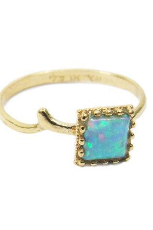 Square Opal gold ring. gift for her, gold ring, unique ring, trendy jewelry, gift idea, opal jewelry.