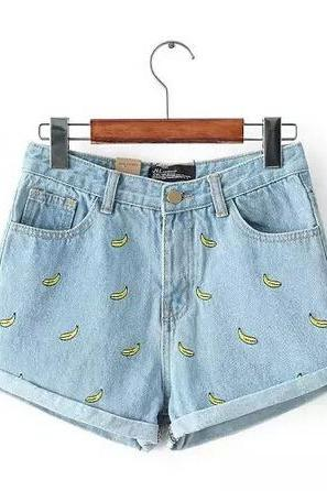 Embroidered Banana Cuffed Denim Shorts