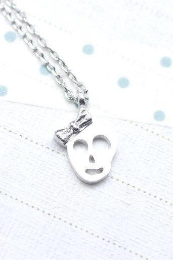 Princess Skull with bow charm pendant necklace in matte silver