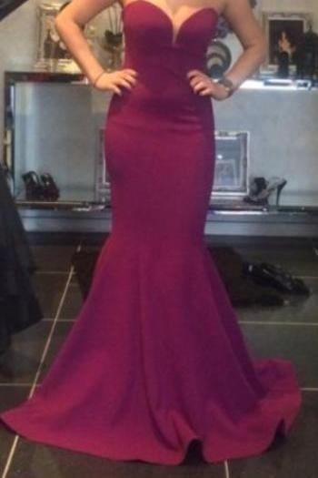 Designer Burgundy Satin Sweetheart Mermaid Evening Dress