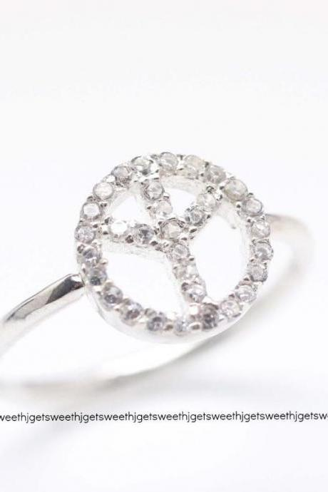 925 Sterling Silver Rhinestone Peace Ring in gold / silver