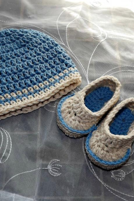 Hat and Booties, New Baby Boy Gift Set, crochet blue and cream beanie with loafer booties