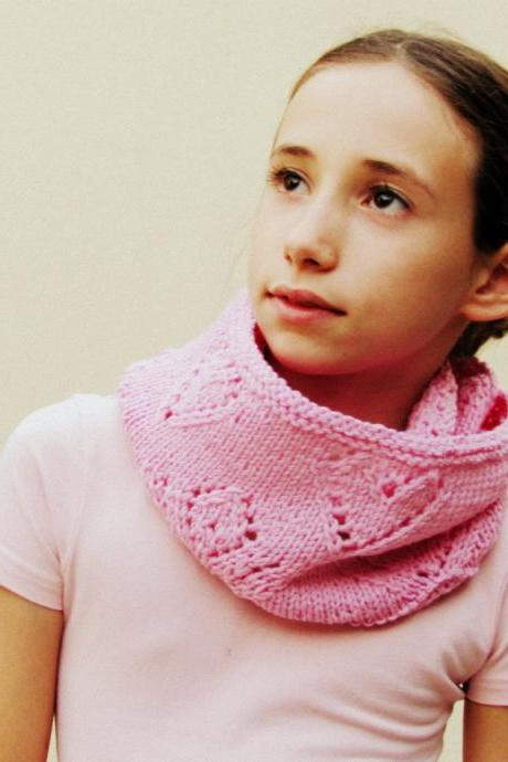 fall clothing children - girl cowl - Merino wool - Cotton candy pink- Block color