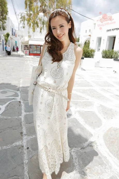 Hollow Out Flowers Eyelash Embroidery Lace Dress