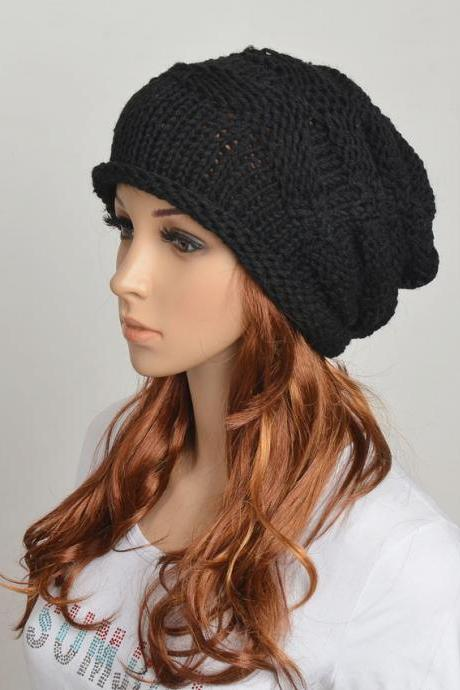Slouchy woman handmade knitted hat clothing cap Black