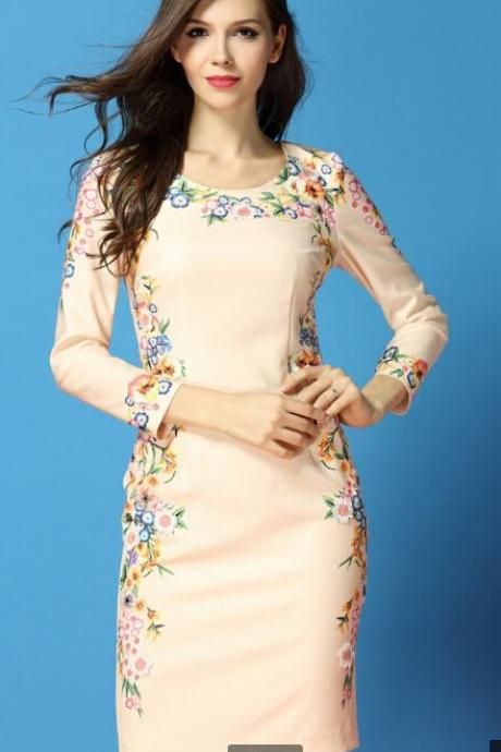 Printed Manual Embroidered Long-Sleeved Round Collar Dress