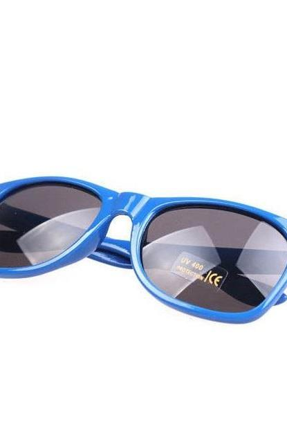 Summer Wayfarer Beach Club Blue Retro Sunglasses