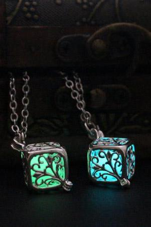 Free Shipping Glowing Wish Tree Necklace, Vintage Locket Necklace, Glow In The Dark, Birthday Gift