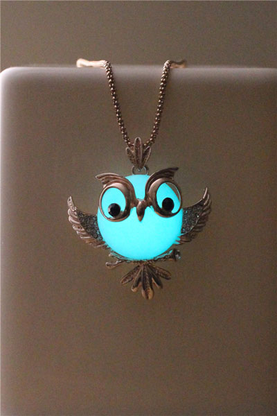 Free Shipping Owl Glowing Necklace, Vintage Glowing Necklace, Golden Color Glowing Jewelry, Birthday Gift
