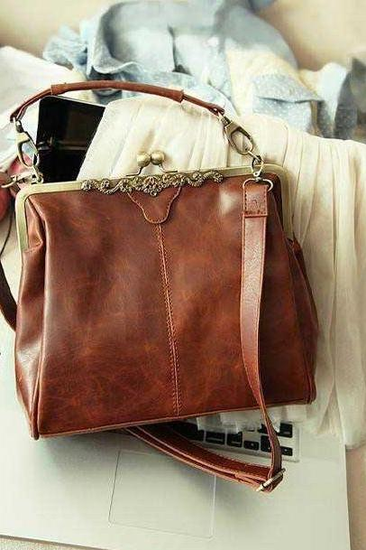 Chic Vintage Design Hand Bag