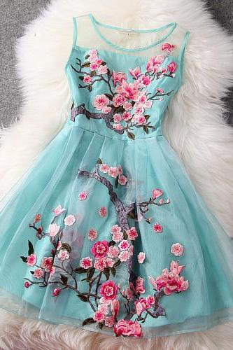 2015 summer Organza Embroidered Gauze Dress Stitching for women