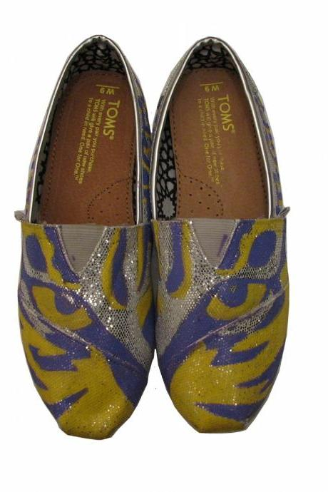 LSU Tiger TOMS