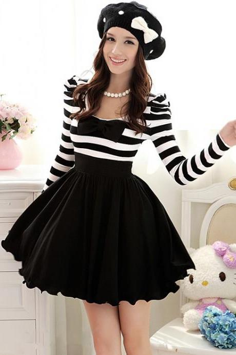 White and Black Chiffon Summer Dresses with Long Sleeves