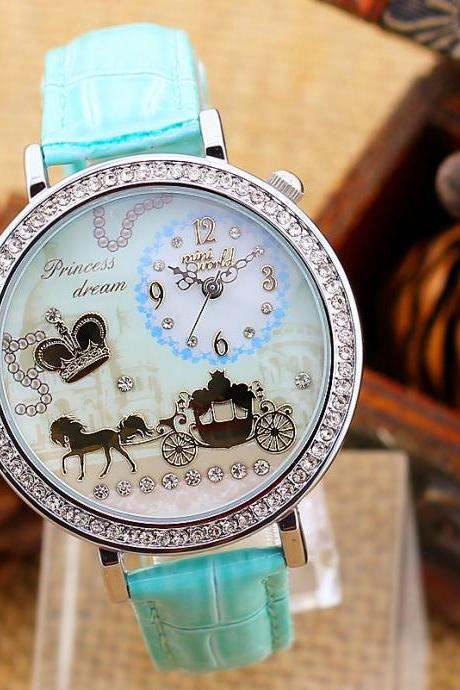 2015 summer fashion Mint Green female Carriage Diamond Creative Horse Watch