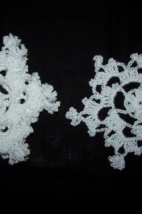 Set of Five White Doilies/Coasters/Applique