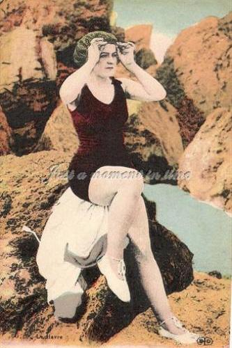 1005 Digital download 300 dpi Edwardian bathing beauties